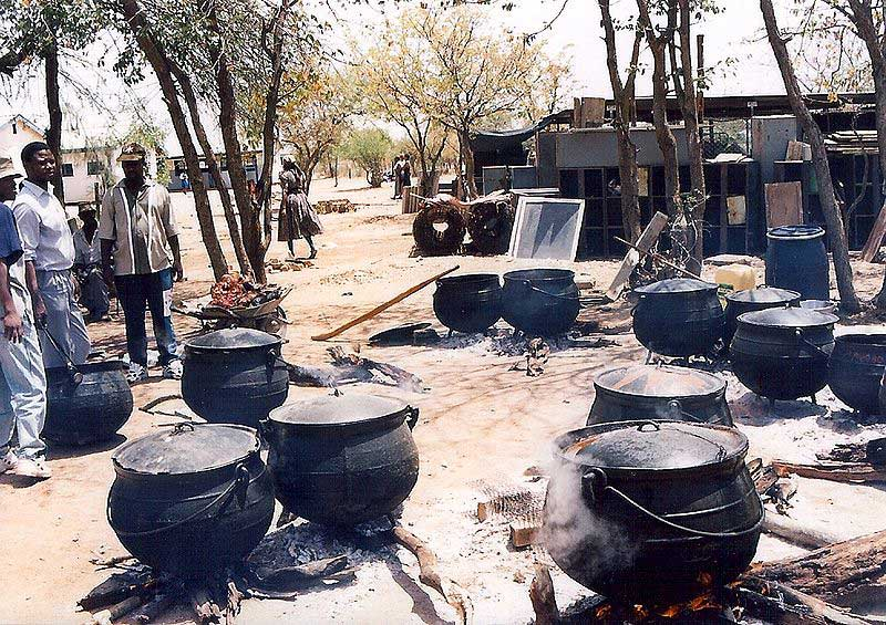 Braai-Pots-Full-of-Pap