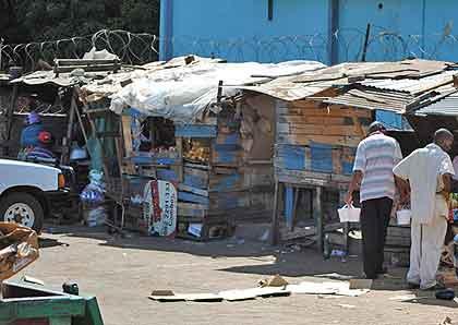 Christmas-African-Vendors-Wildmoz.com