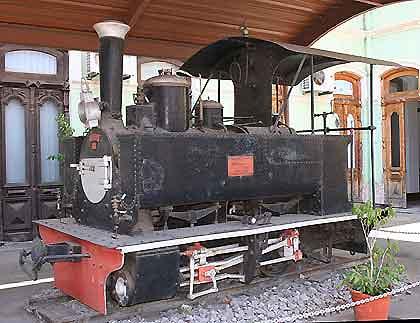Mozambique-Little-Locomotive-Wildmoz.com