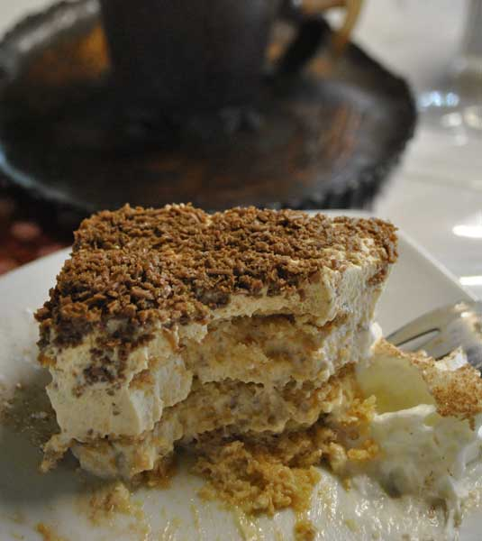 Peppermint-Crisp-Tart-Serving-Wildmoz.com
