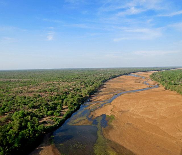 African-Big-Sky-River-Wildmoz.com