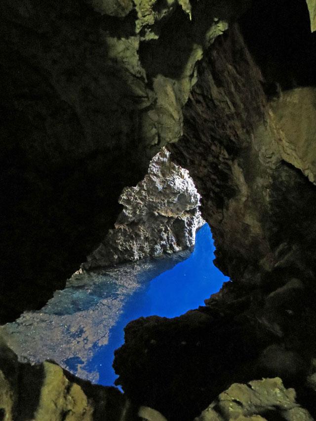 Chinhoyi-Caves-Blue-Light-Surprise-Wildmoz.com
