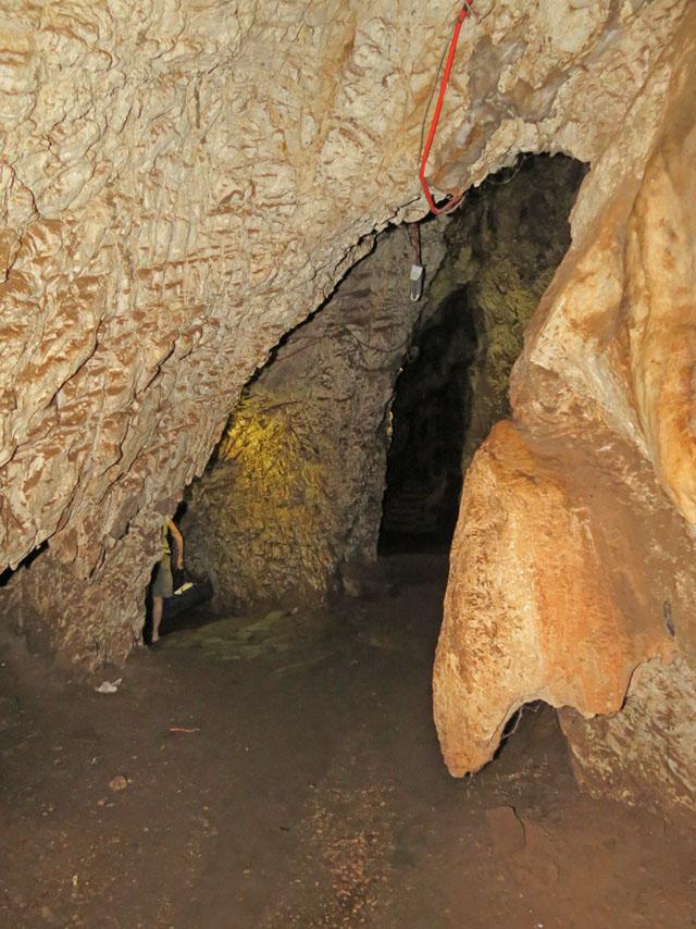 Chinhoyi-Caves-First-Vaulted-Chamber-Wildmoz.com