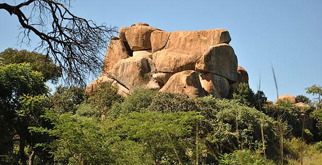 Harare-Lion-Cheetah-Park-Rocks-Wildmoz.com