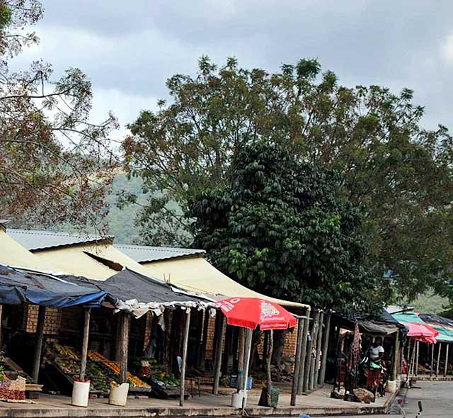 african-fruit-vendor-wildmoz.com
