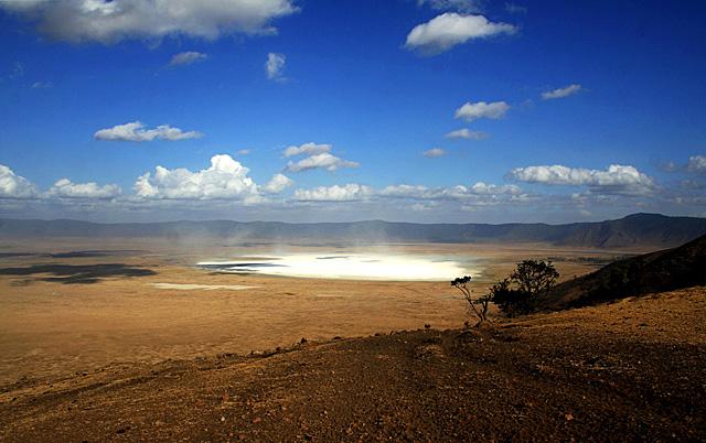 ngorongoro-crater-africa-wildmoz.com